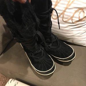 Black Leather Sorel Boots